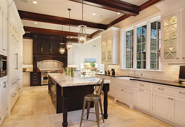 Creative Traditional Home Kitchens Design