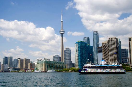 How to Invest in Toronto Condos Market