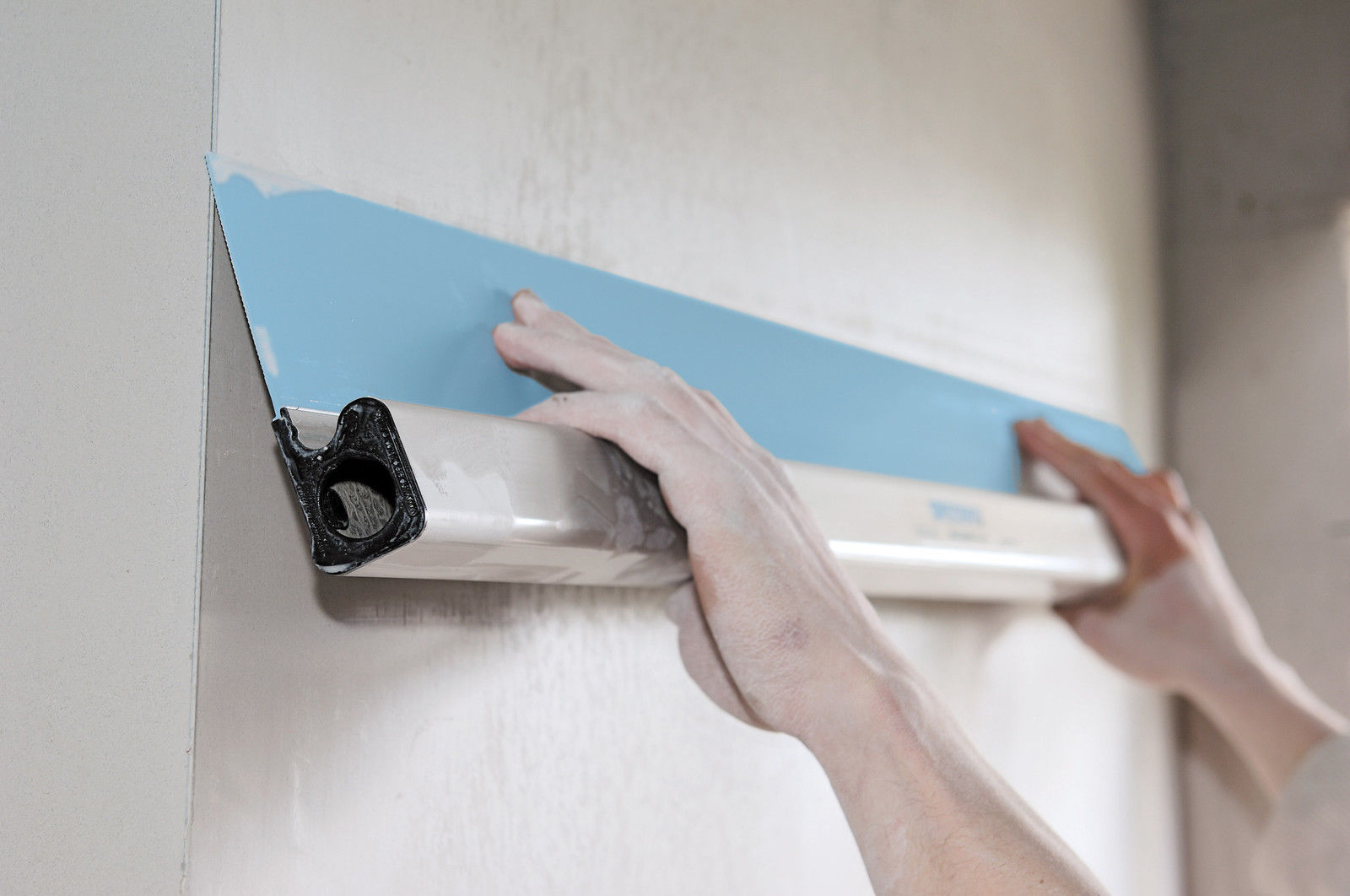 Plastering Tools – All You Need to Beautify Your Home