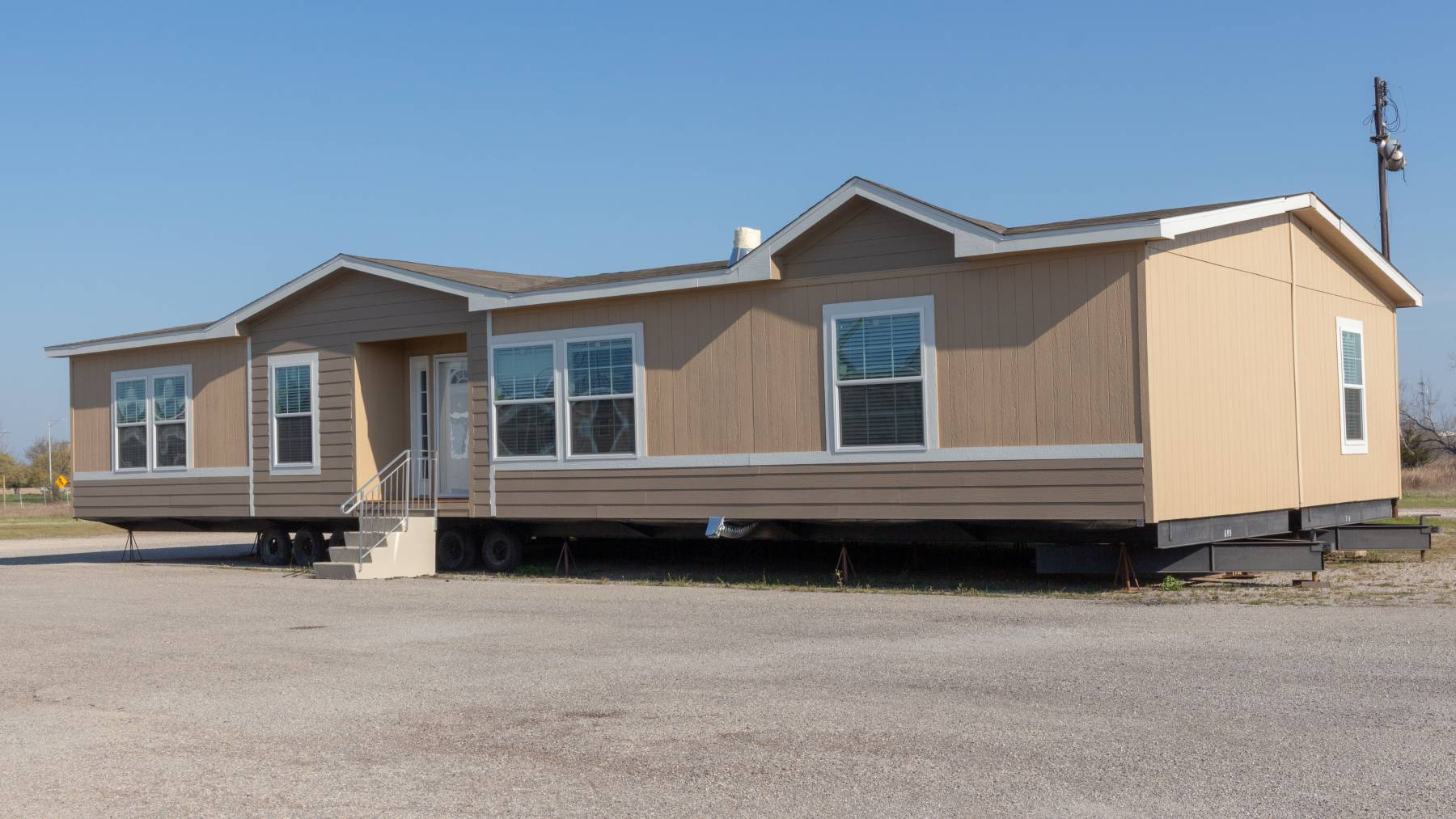10 Tricks to Sell Your Mobile Home Better (and Faster)