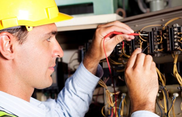 Hiring an Electrician for Electrical Repairs